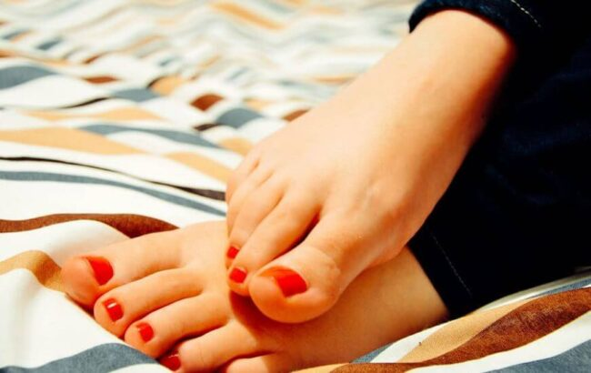 How to Sterilize Manicure and Pedicure Tools At Home